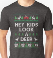 Christmas Hey Kids Look a Deer Ugly Sweater Style T-Shirt
