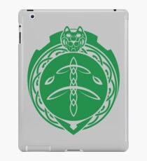 Grüner Löwe Celtic iPad-Hülle & Klebefolie