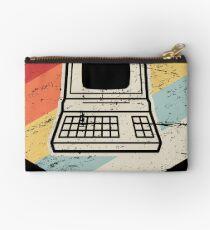 Vintage Retro Computer Icon | Computer Nerd Design Studio Pouch