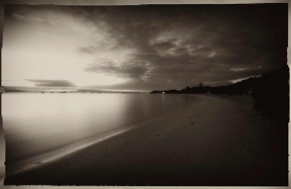 Vintage Pier 9 by Sue Wickham