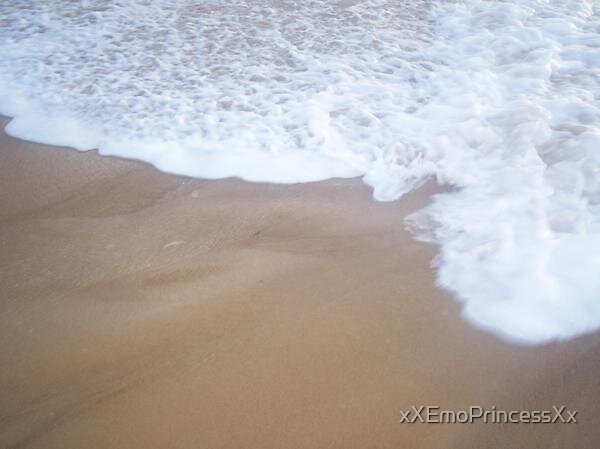 White Water Meets The Sand by xXEmoPrincessXx