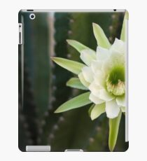 Princess of the Night - Blooming with Bee iPad Case/Skin