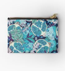 Frozen wonderland Studio Pouch