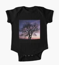 Two Trees embracing One Piece - Short Sleeve