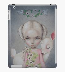 Vinilo o funda para iPad Spirit of the Forest by Raul Guerra