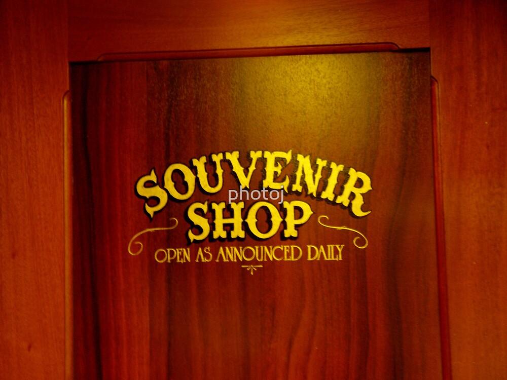 photoj S.A. Murray Princes-Souvenir Shop by photoj