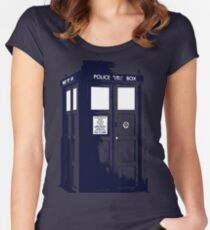 Tardis - Dr. Who Women's Fitted Scoop T-Shirt