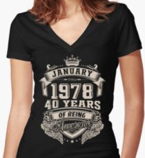 Born in January 1978 - 40 years of being awesome Women's Fitted V-Neck T-Shirt