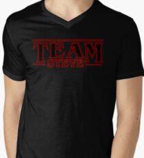 Stranger Things Team Steve Design Men's V-Neck T-Shirt