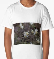 Flowers of Traveller's Joy (Clematis brachiata) Long T-Shirt