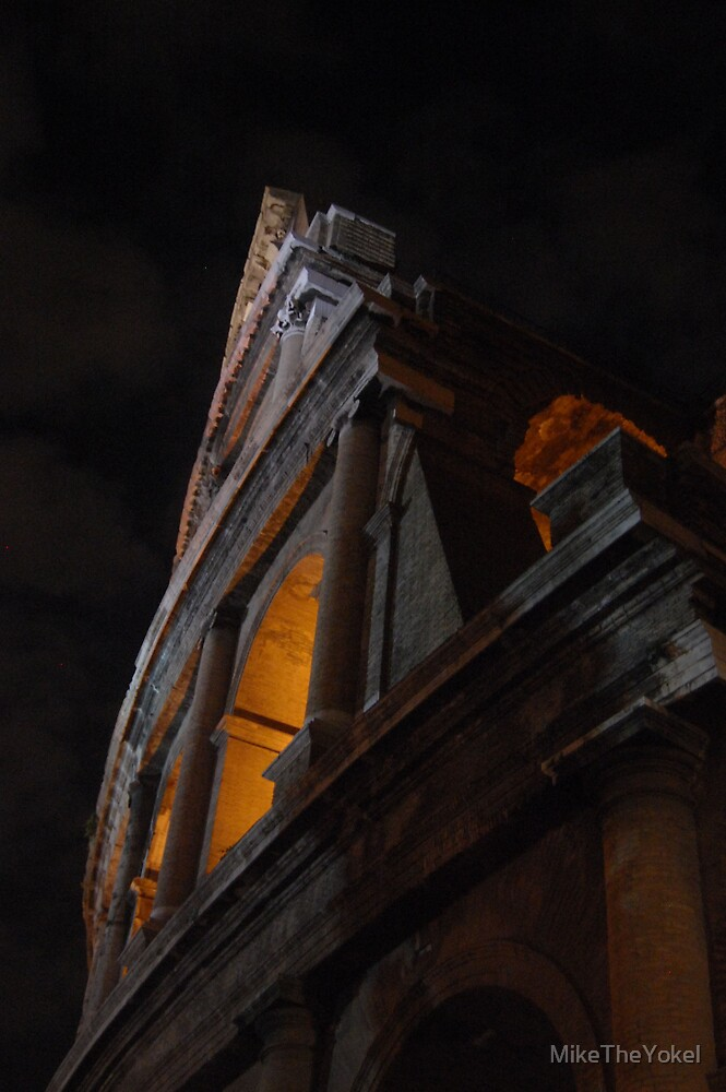 A night at the colosseum by MikeTheYokel