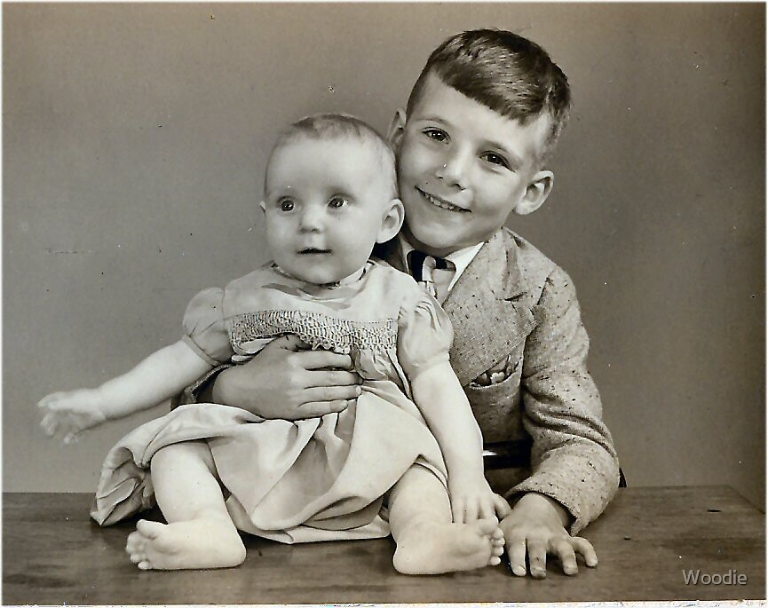 My sister and I 1941 by Woodie