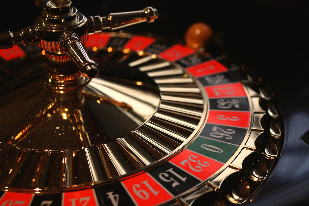 Roulette by Selina Tour