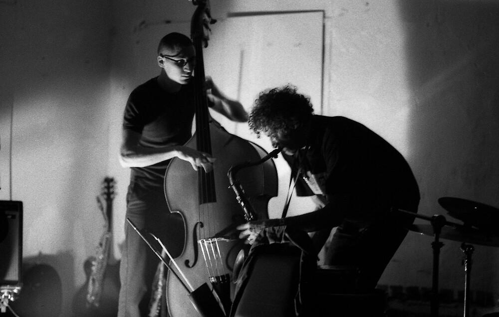 Clayton Thomas and Neill Duncan by Joe Glaysher