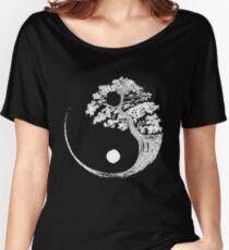 Yin Yang Bonsai Tree Japanese Buddhist Zen Women's Relaxed Fit T-Shirt