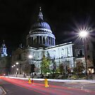 St Pauls Cathedral by duroo