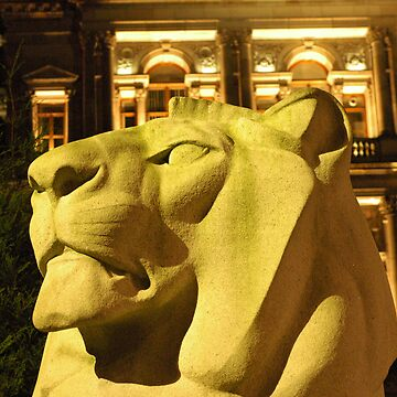 Lion in George Square Glasgow by memphisto