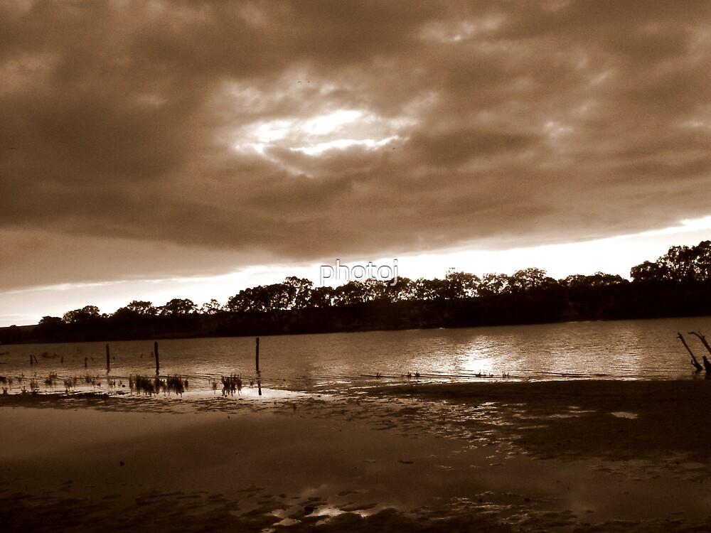 photoj S.A.,  River Murray Landscape by photoj