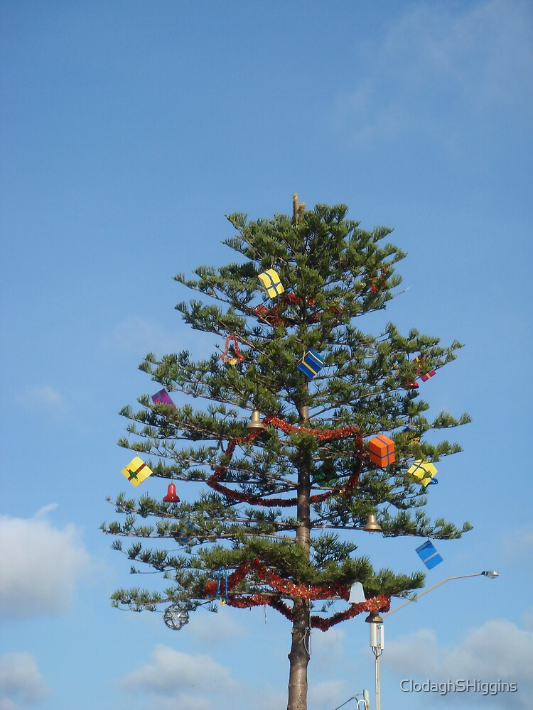 Ozzie Chrissie Tree by ClodaghSHiggins