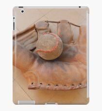 Old Ball and Mitt iPad Case/Skin