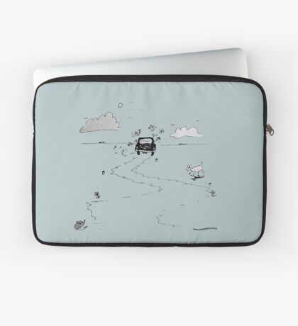 Going on vacation Laptop Sleeve