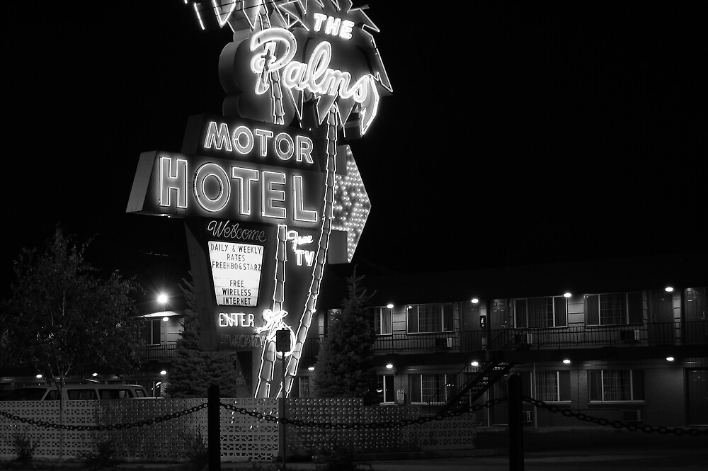 Palms Motor Hotel, Portland Oregon by Chris  Tolomei