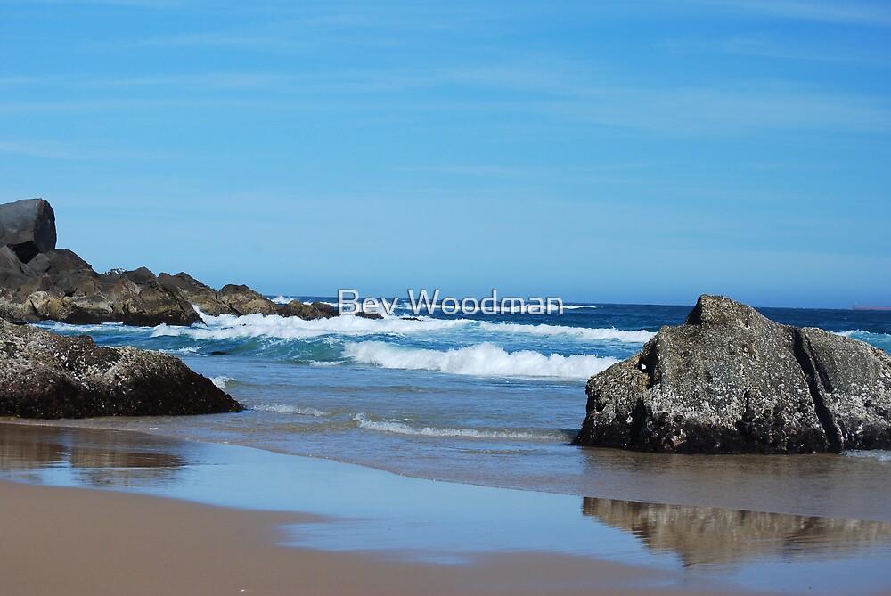 Low Tide - Redhead Beach NSW by Bev Woodman