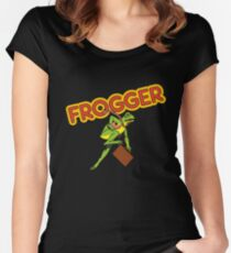 Frogger Cabinet Women's Fitted Scoop T-Shirt
