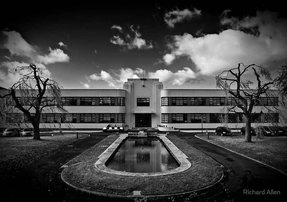 Hatfield Police Station by Lea Valley Photographic