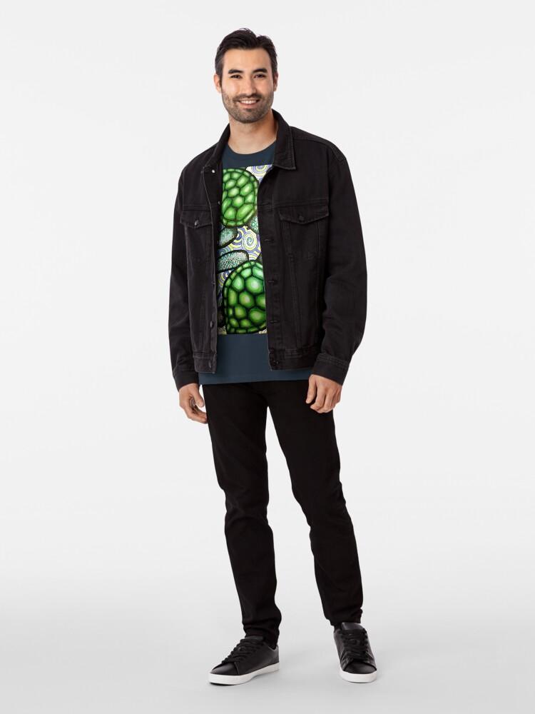Alternative Ansicht von Turtle Tide in Spiralen Premium T-Shirt