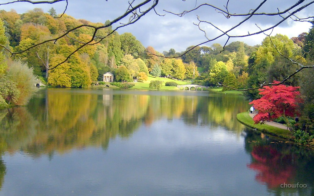 Reflections at Stourhead by chowfoo