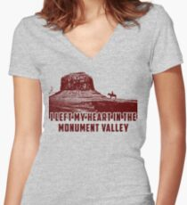 I Left my heart in the Monument Valley Women's Fitted V-Neck T-Shirt