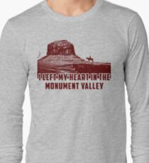 I Left my heart in the Monument Valley Long Sleeve T-Shirt