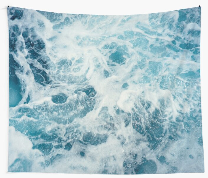 Sea Waves in the Ocean by TravelDream