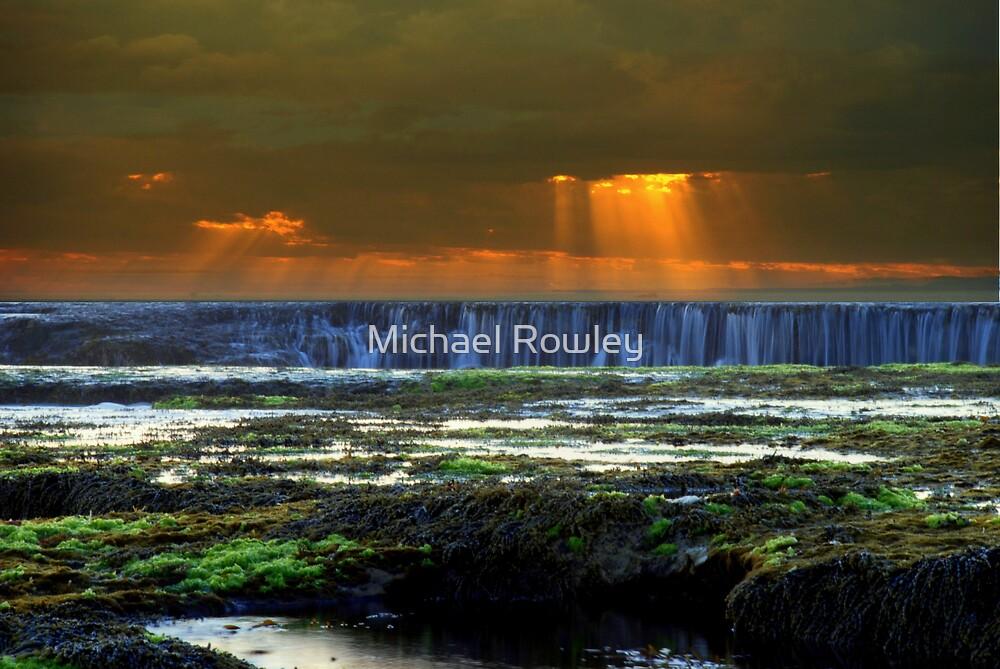 Spray Point by Michael Rowley