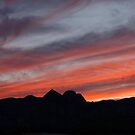 Different sky in Red Rock Canyon by loiteke