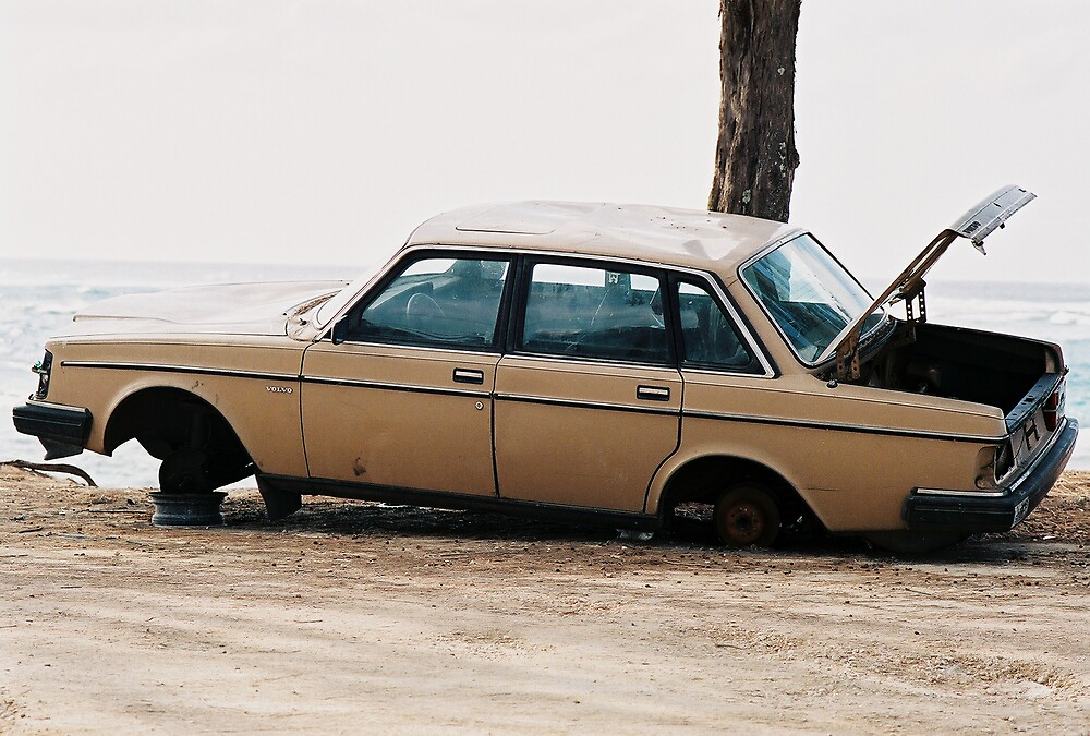 Volvo in Paradise  by PBR1970