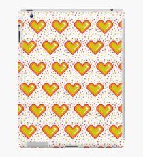 Pixel Heart Pattern  #redbubble #decor #buyart #artprint iPad Case/Skin