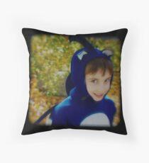 Sonic the HedgeHog-TTV Throw Pillow