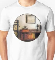 Eye Doctor's Office With Diploma T-Shirt