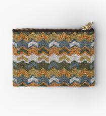Flying V's Knit Studio Pouch