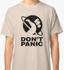 Don't Panic - Hitchhikers Guide Classic T-Shirt