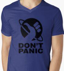 Don't Panic - Hitchhikers Guide Men's V-Neck T-Shirt
