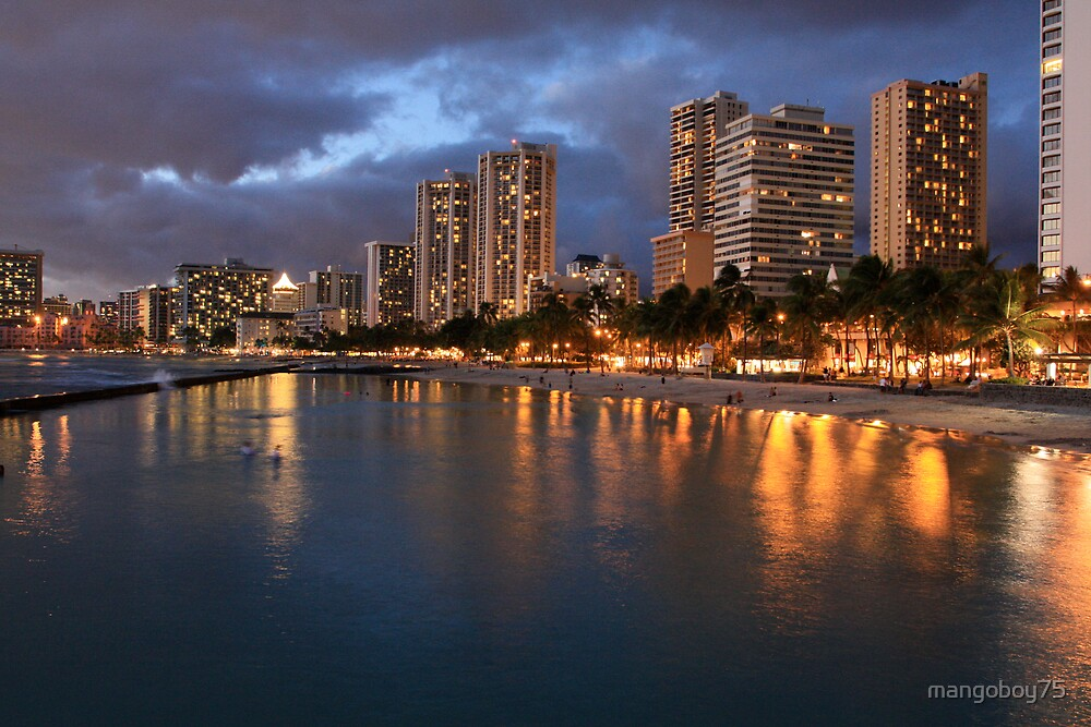 Waikiki Beach by mangoboy75