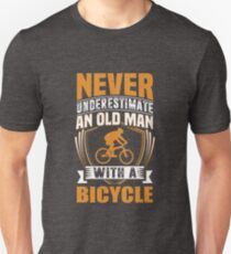 Never Underestimate An Old Man With A Bicycle Funny Unisex T-Shirt