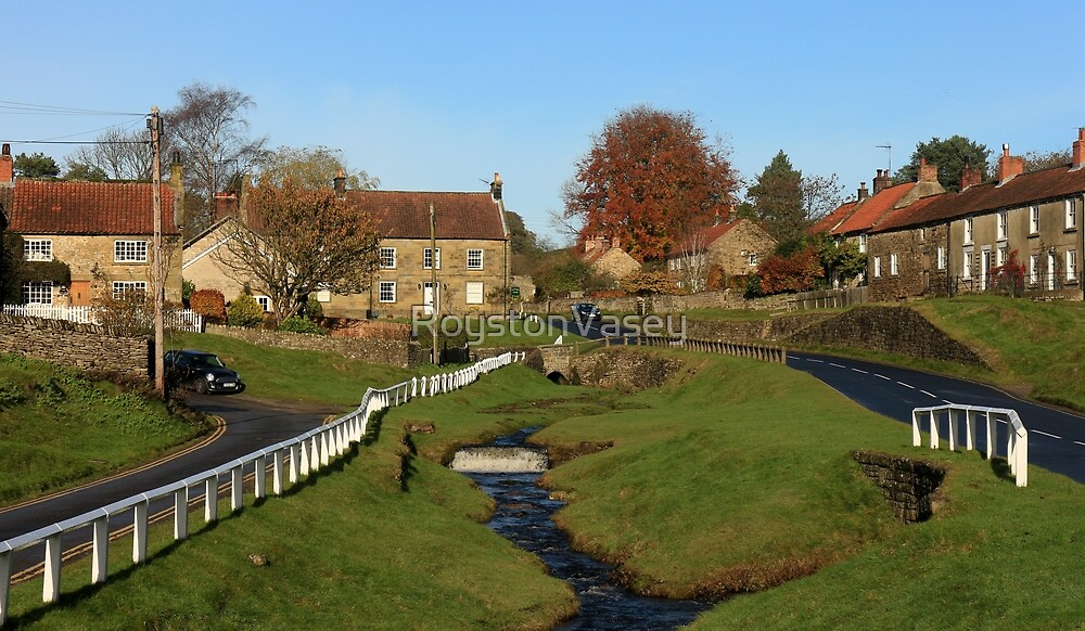 Hutton-le-Hole by RoystonVasey