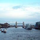 london 1 by Shannon McLean