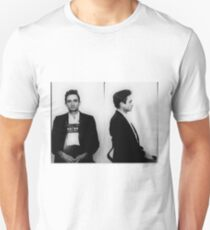 Johnny-Bargeld-Becher schoss horizontal Slim Fit T-Shirt