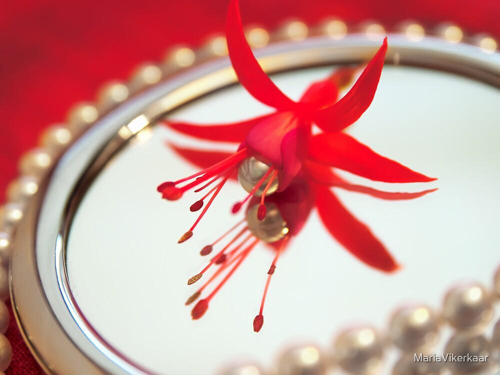 Pearls by MariaVikerkaar