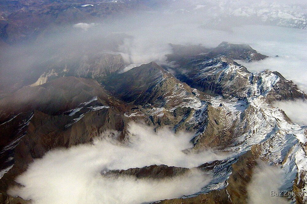 Alpes 2 by BaZZuKa